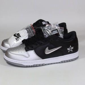 Supreme x Nike SB Dunk Low OG QS Skate shoe